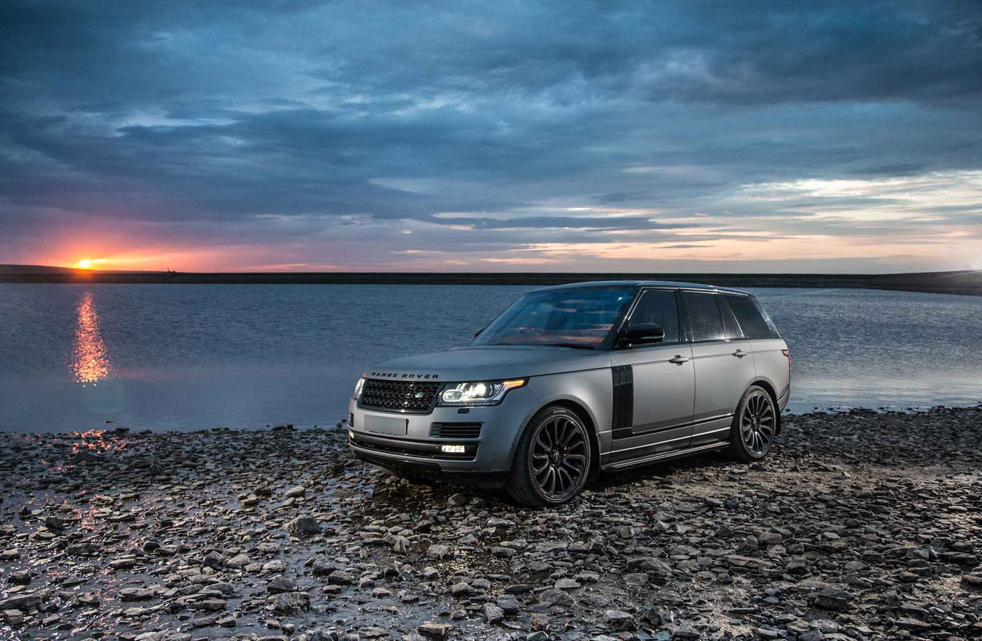 Luxury brand Land Rover Range Rover at Stanhope by James Thompson