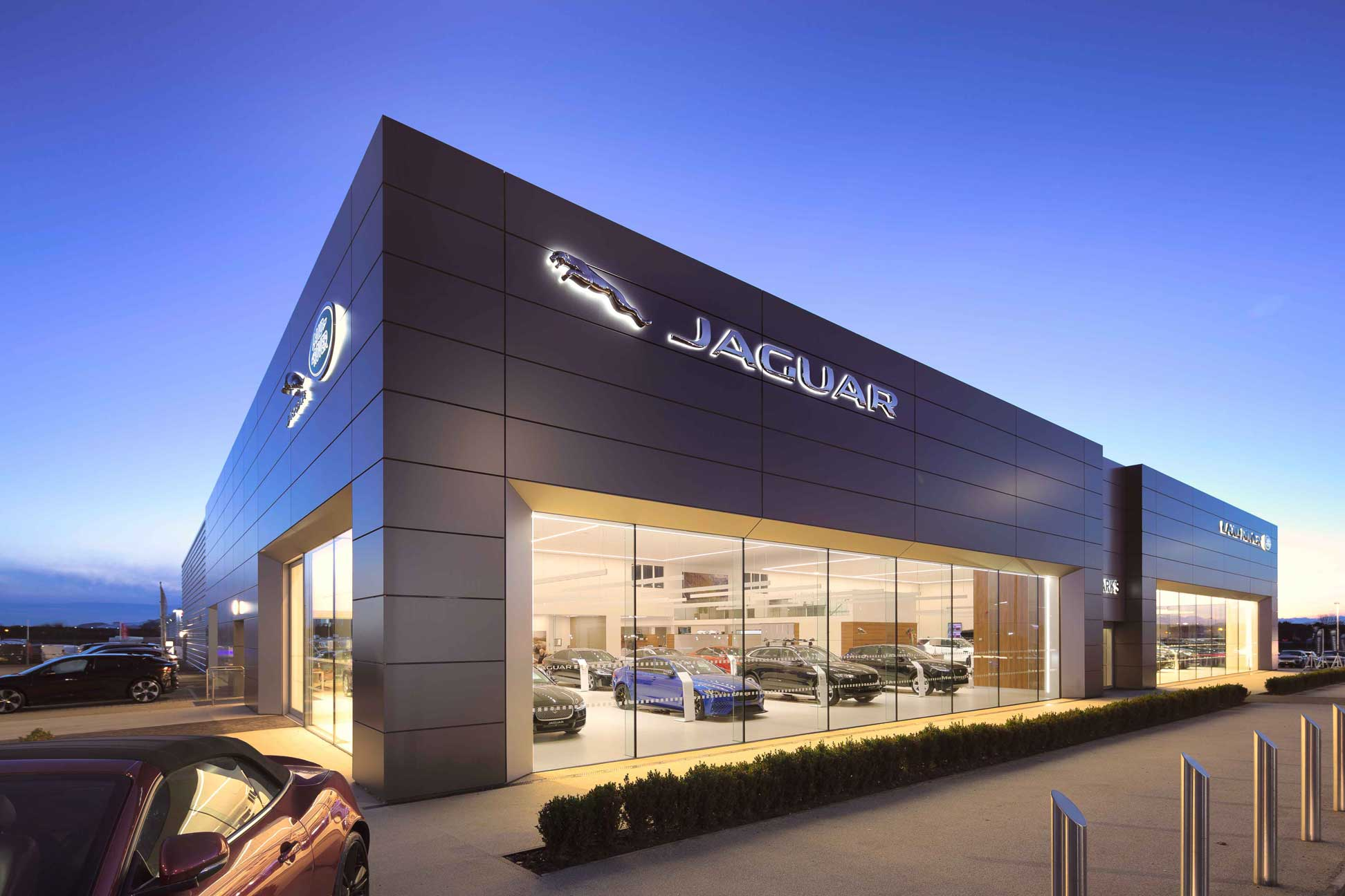capturing the essence of luxury brands Jaguar Land Rover through construction using modern Alucobond Facades. Photography by James Thompson.
