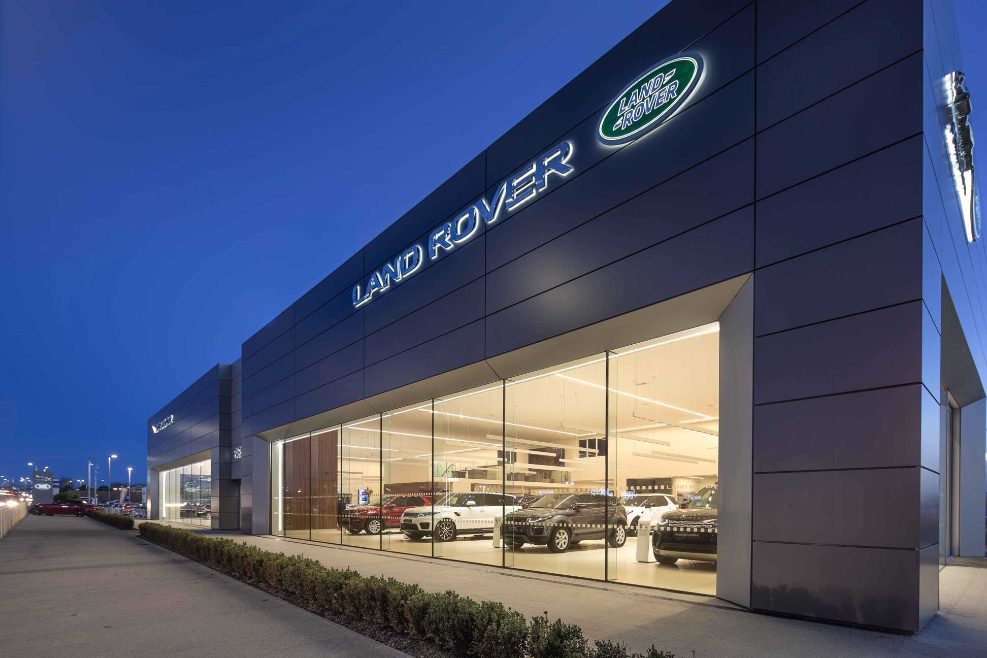capturing the essence of luxury brands Jaguar Land Rover through construction using modern Alucobond Fascades.
