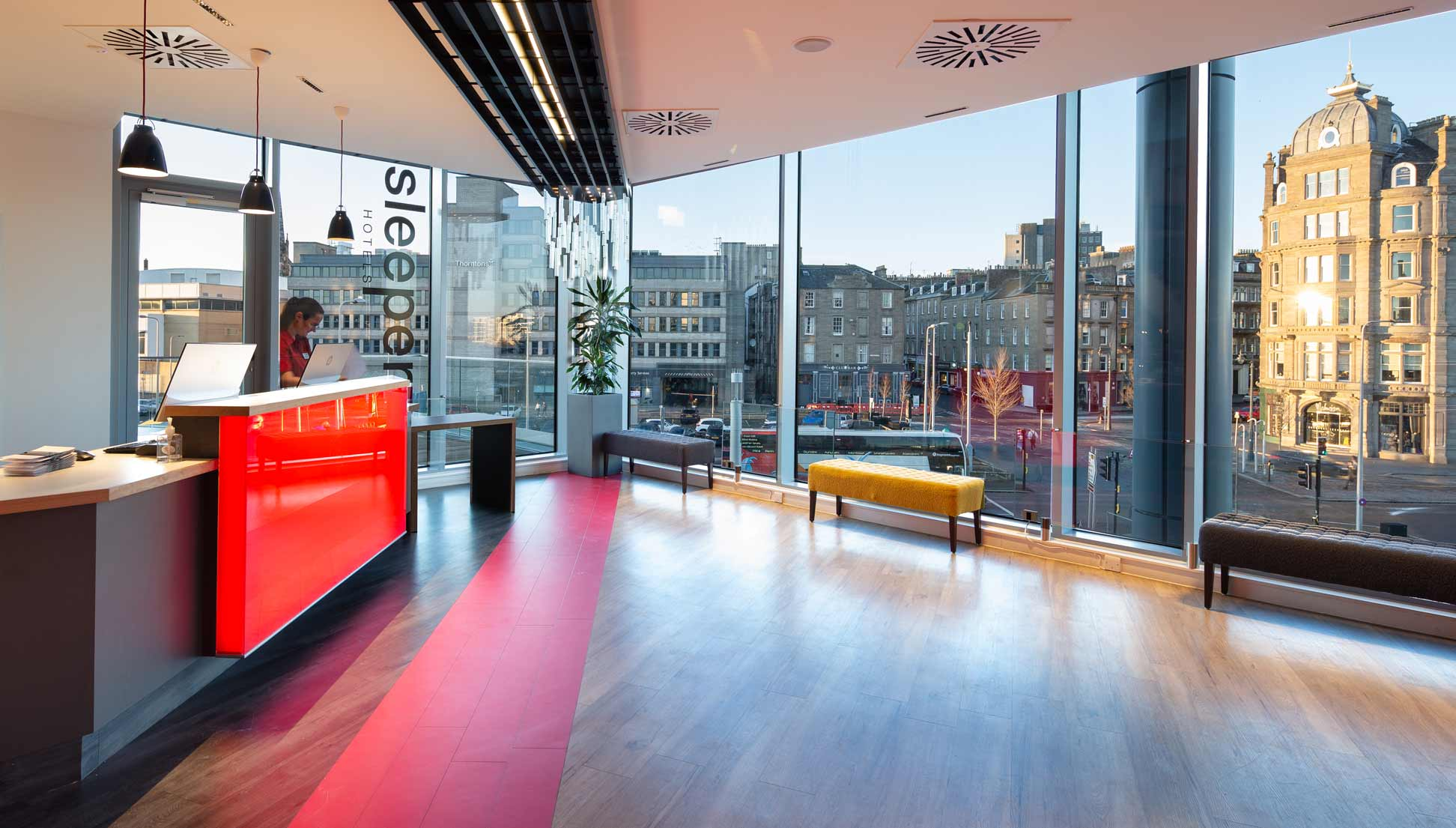 Sleeperz-Hotel-Dundee-reception-area-showing-view-of-city